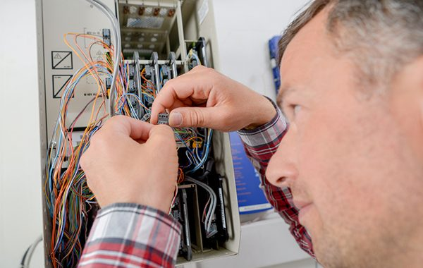 Savvy Electricians